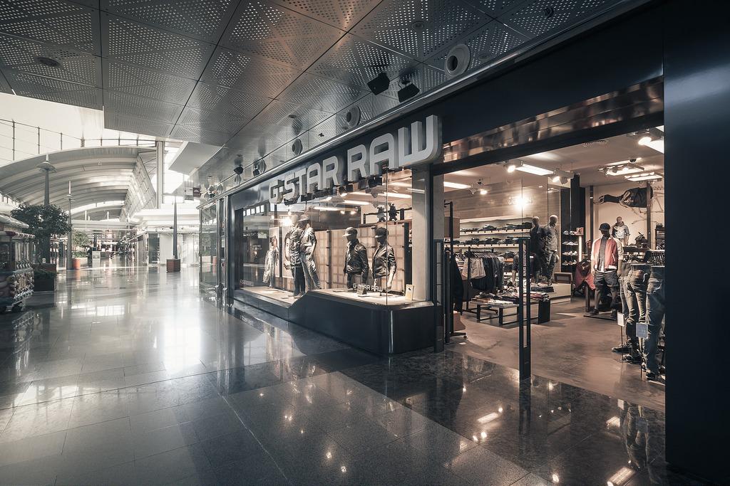 Fotografía de instalaciones tiendas comercios Asturias