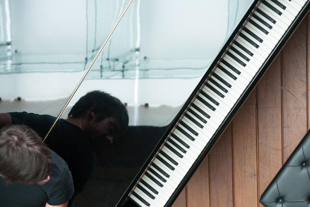 Sesión con el compositor Mario Viñuela